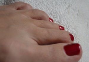 gel-polish-toes