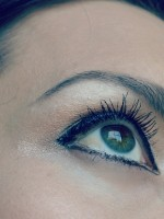 eyeliner_lower_lid
